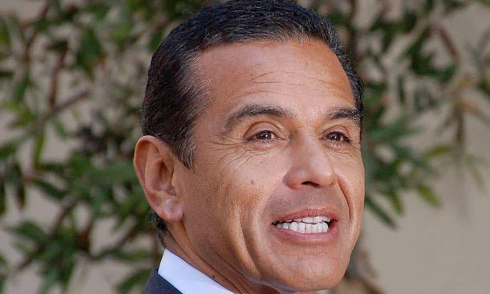Former Mayor of Los Angeles Antonio Villaraigosa Joins MedMen Board