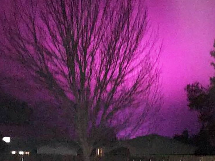 Mysterious purple glow lights up Eastern Wash. night sky | KOMO
