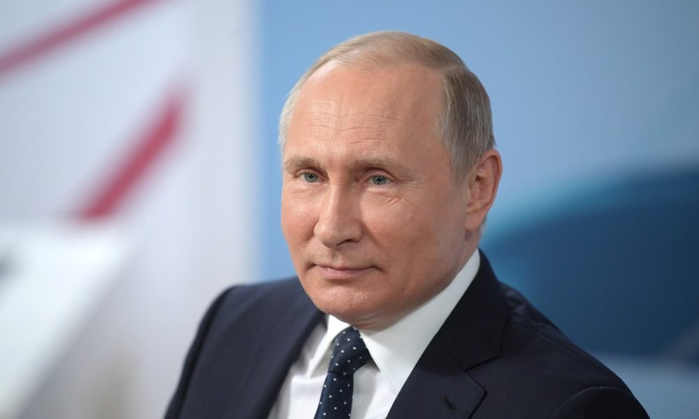 Putin Thinks That Censoring Rap Will Stop People From Smoking Weed