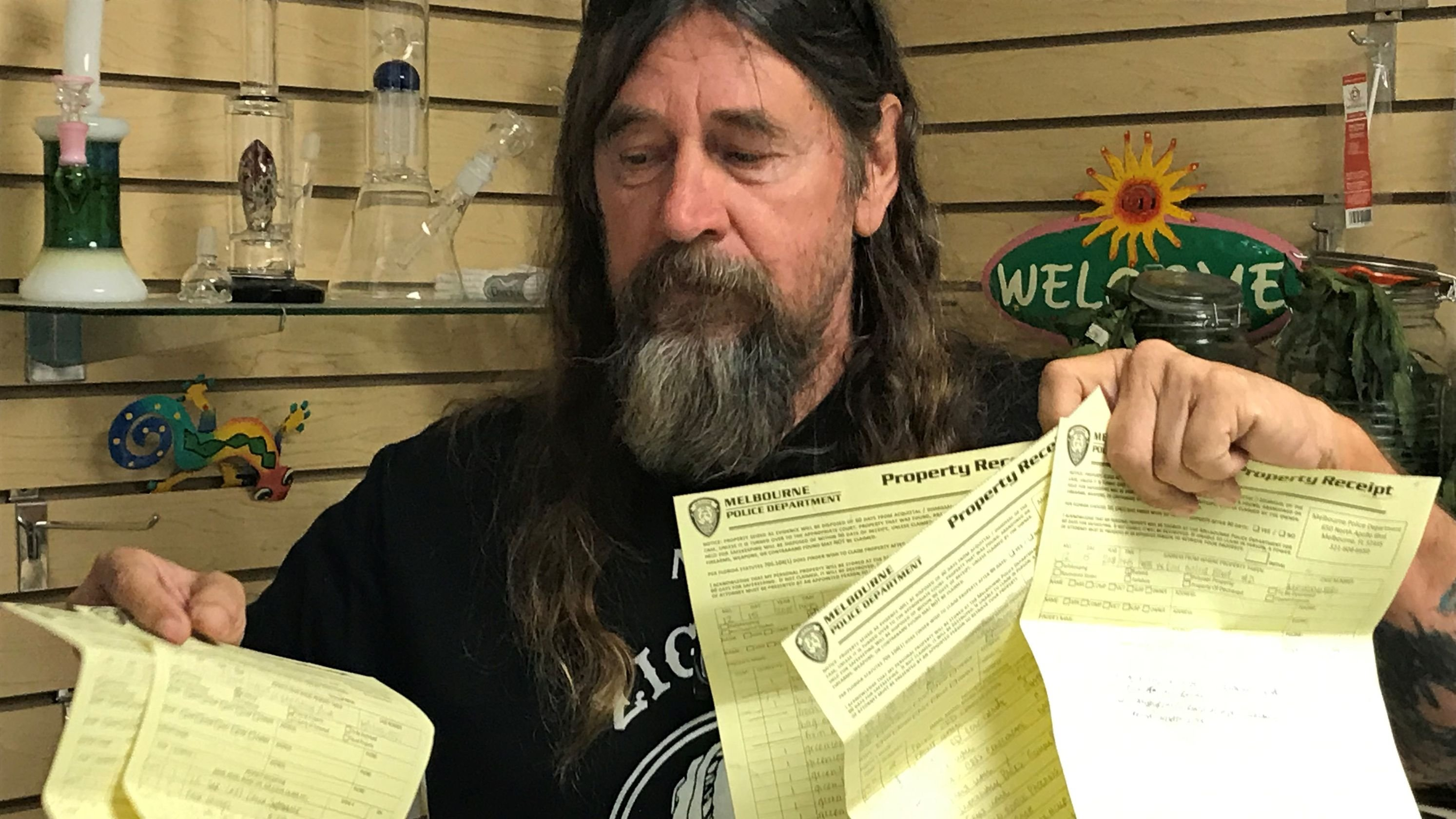 "Big pot of controversy when it comes to hemp, cannabis: Larry Friedrich found himself in a ""hemp"" of trouble with Melbourne Police for selling a low-grade hemp product at his shop at the Renniger Flea Market in Melbourne"