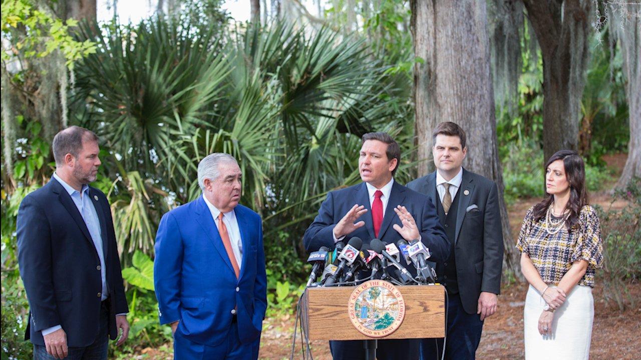 Florida House takes first stab at repeal of medical marijuana smoking ban