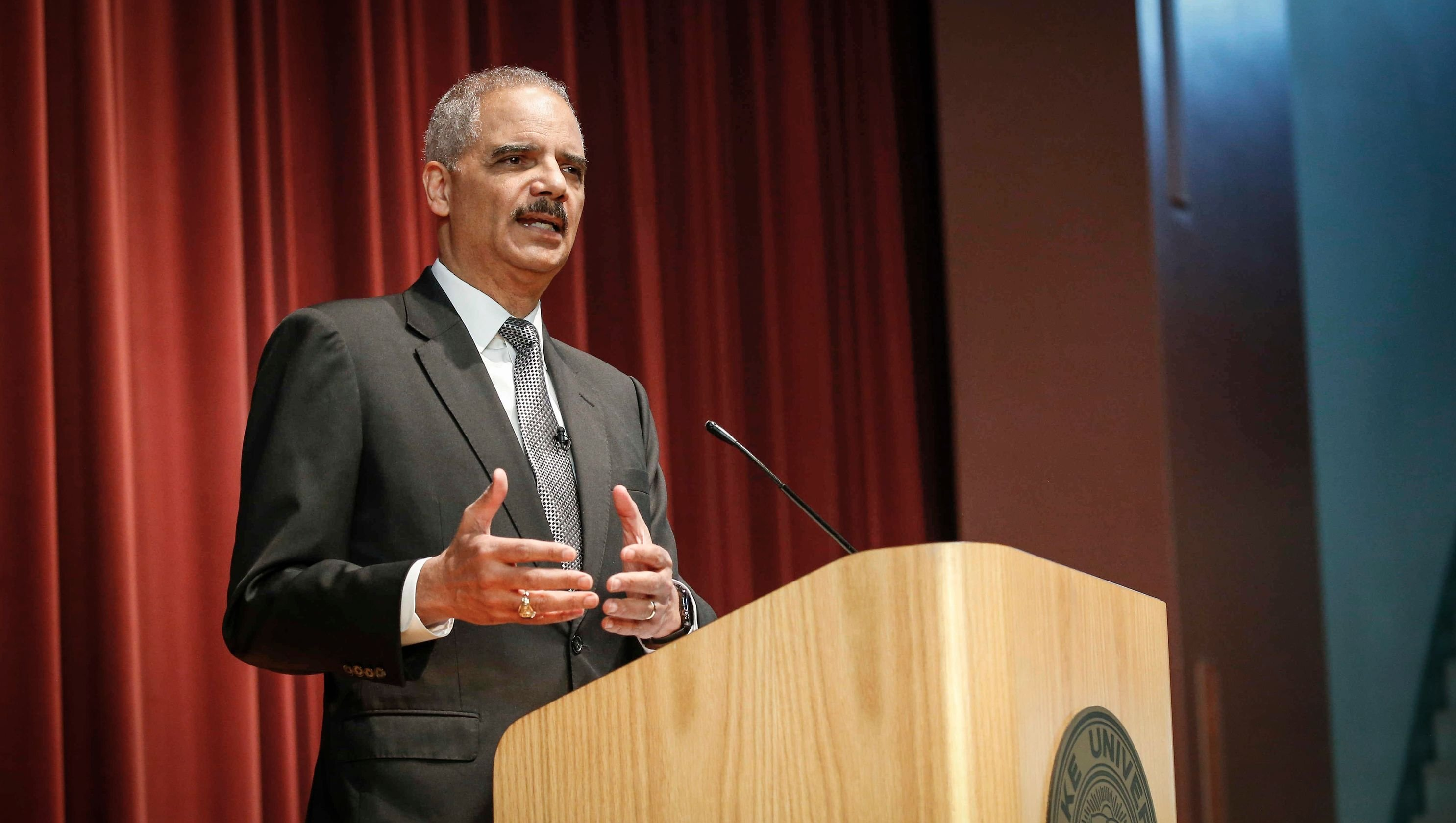 Former AG Eric Holder visits Des Moines, Iowa and told law students he would vote for marijuana legalization if he were a member of Congress. Holder also implied that he lobbied unsuccessfully internally to get the Obama administration to reschedule cannabis.