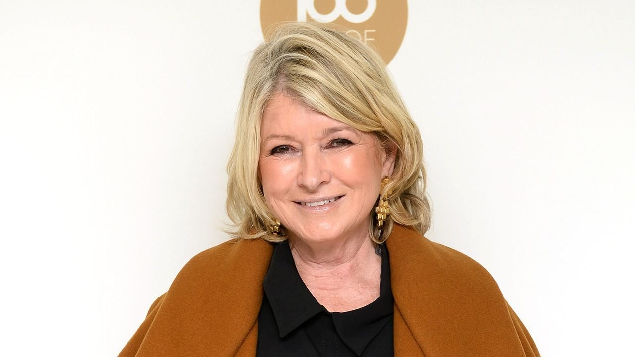 Martha Stewart's pot partner talks marijuana money