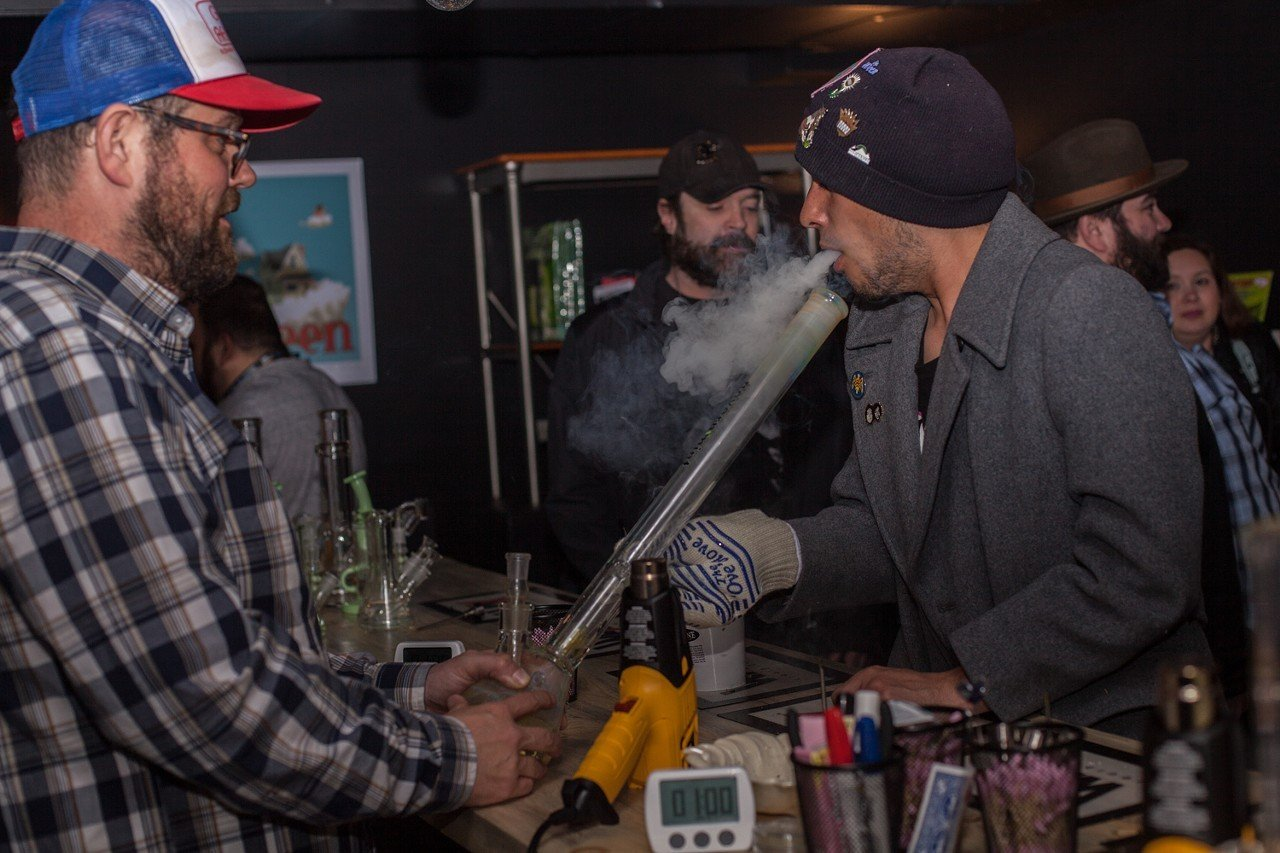 Marijuana Hospitality and Delivery Bills Move On in Colorado House