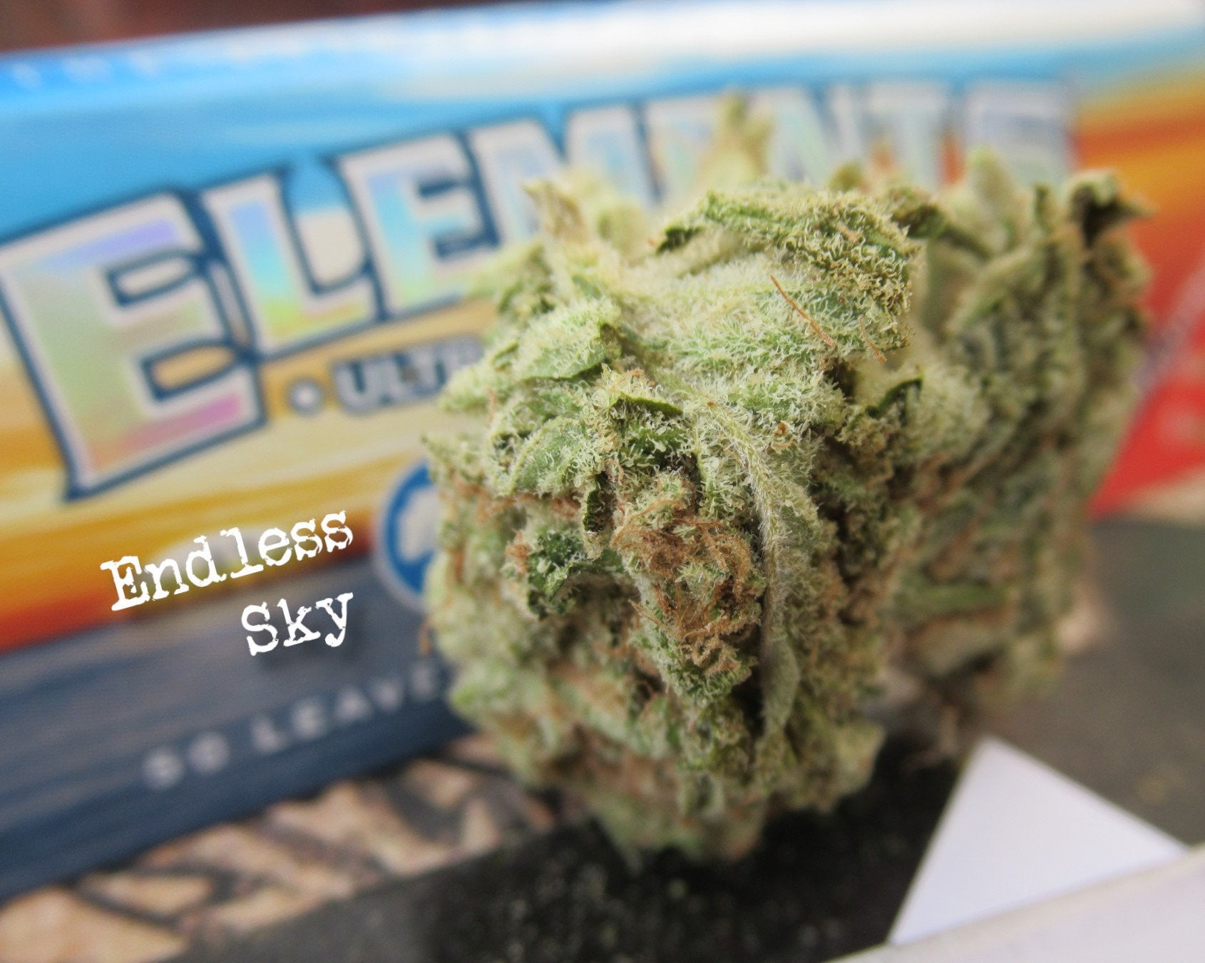 ENDLESS SKY 80/20 Indica Dominant Night Cap Spliff with Elements Rice Paper - Solid Mind and Body Relaxation